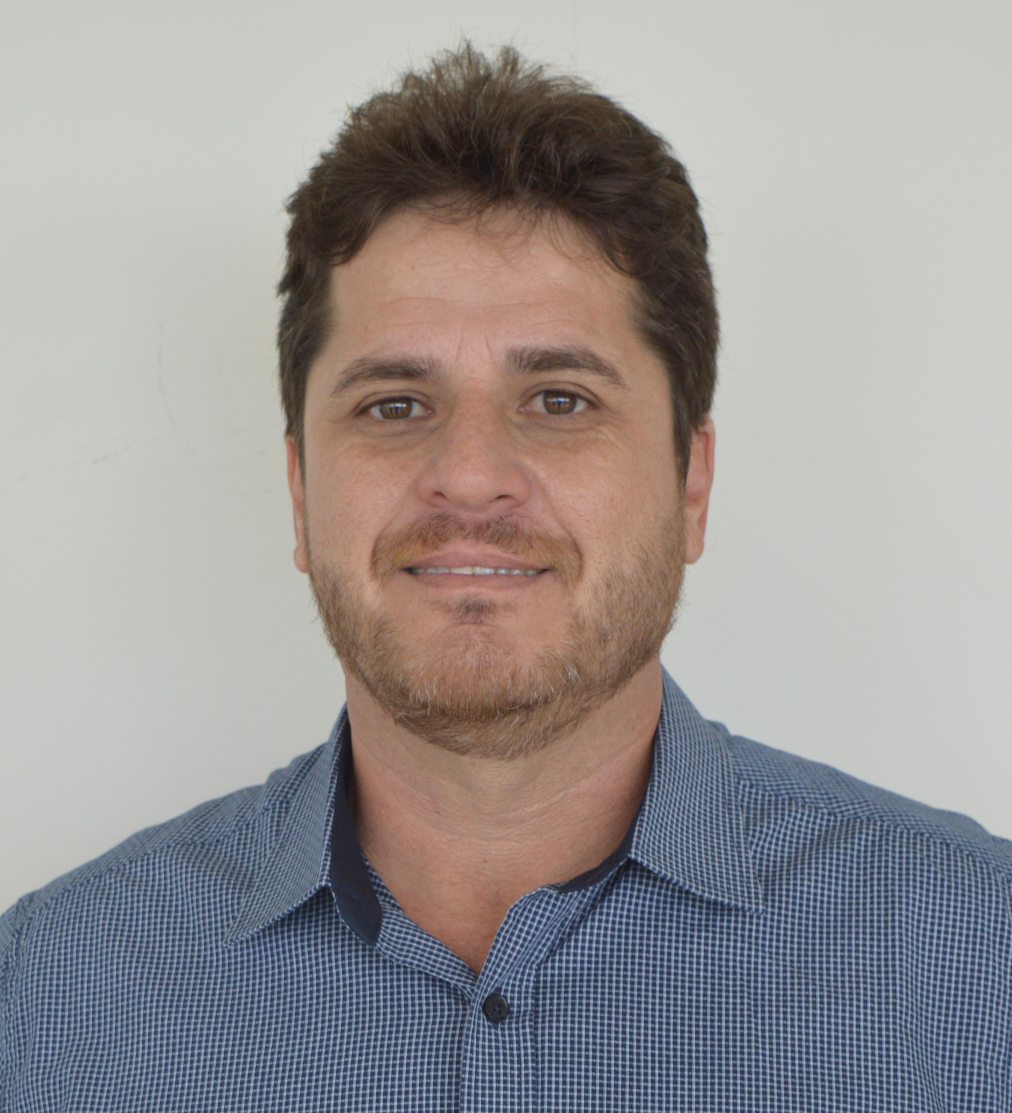 CÉSAR FELICIANO DE OLIVEIRA