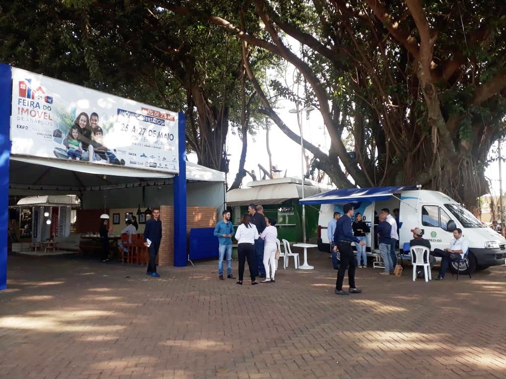 Creci Itinerante participa de Feira de Imóveis | CRECI-GO/ Conselho Regional de Corretores de Imóveis de Goiás