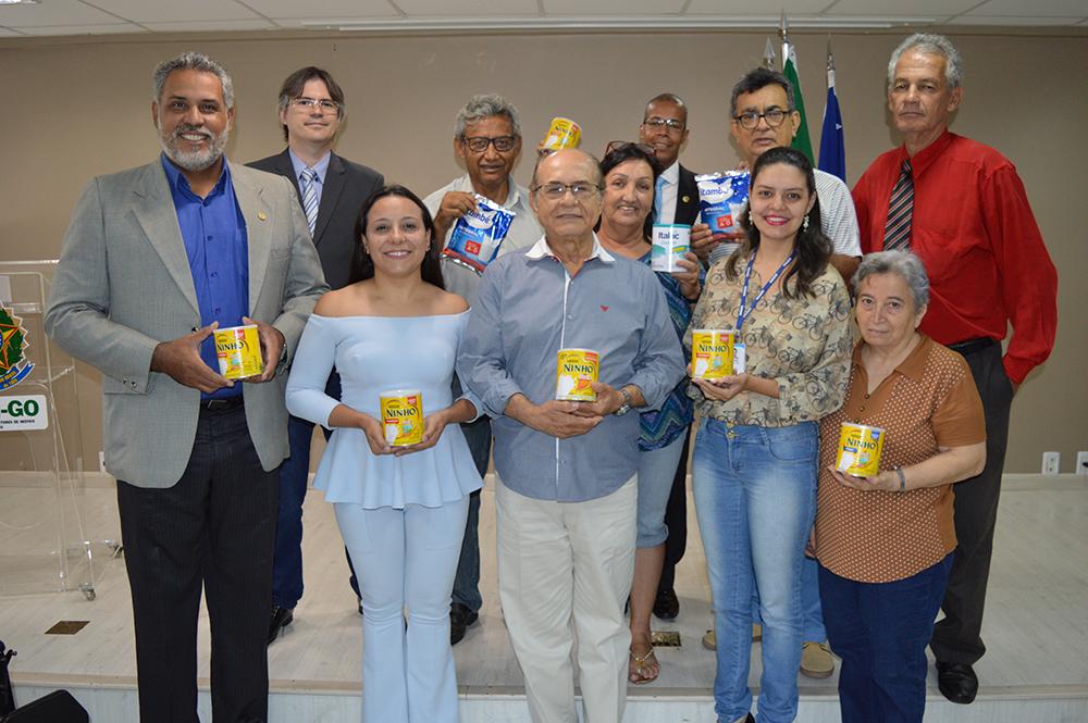 Campanha Natal com Leite 2018 –  Doações são entregues às instituições | CRECI-GO/ Conselho Regional de Corretores de Imóveis de Goiás