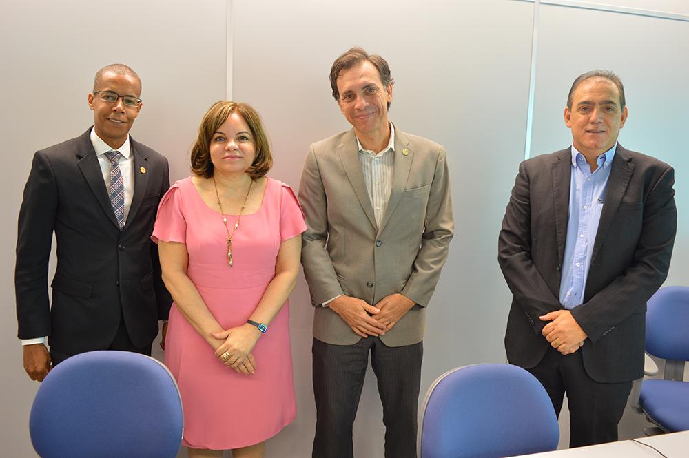 CRECI-GO se reúne com a  Caixa Econômica para levar reivindicações da categoria | CRECI-GO/ Conselho Regional de Corretores de Imóveis de Goiás