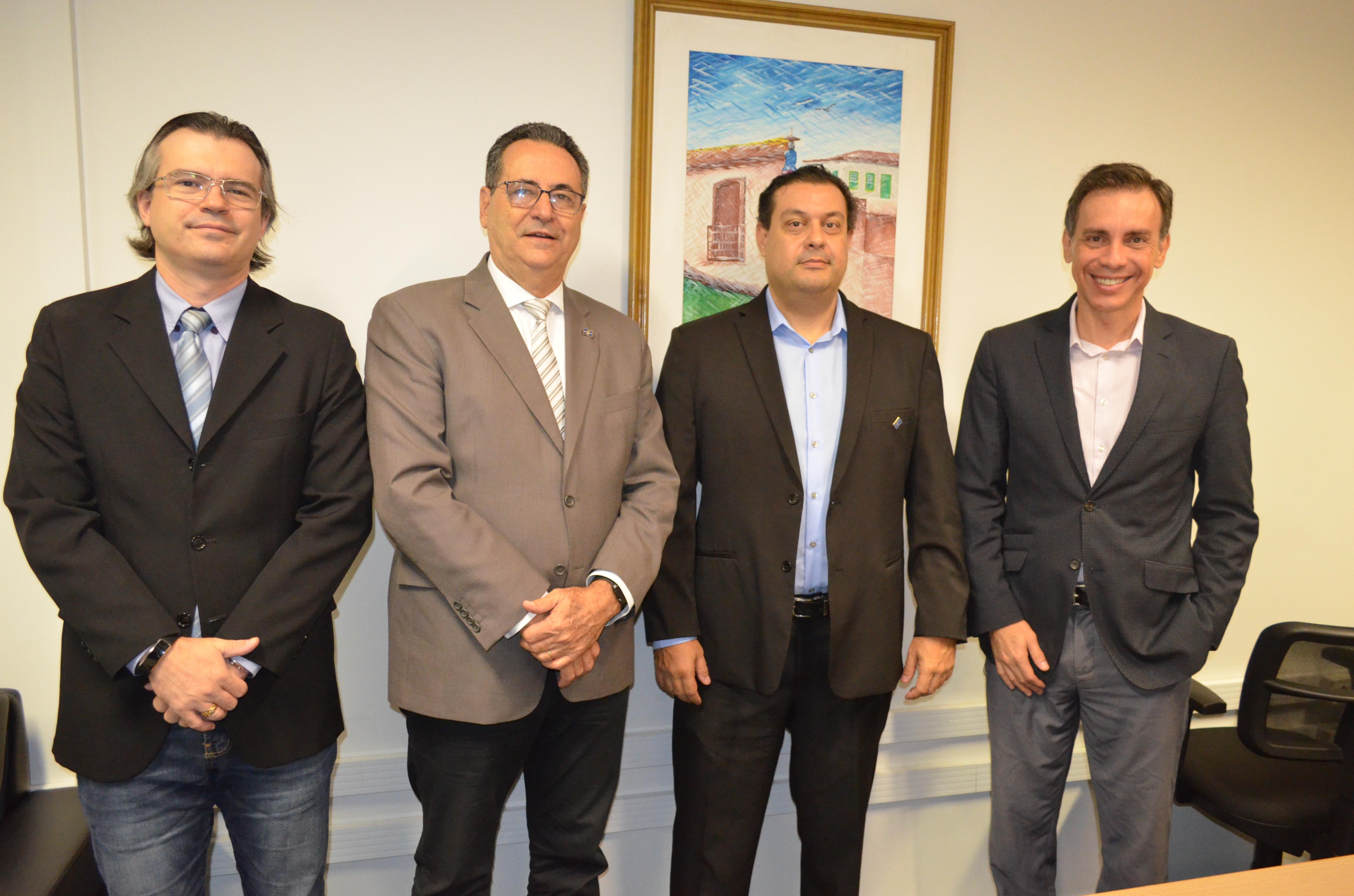 CRECI-GO renova parceria com Sebrae | CRECI-GO/ Conselho Regional de Corretores de Imóveis de Goiás