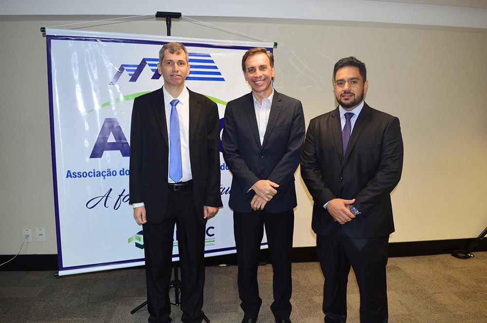 Presidente participa de reunião sobre MCMV | CRECI-GO/ Conselho Regional de Corretores de Imóveis de Goiás