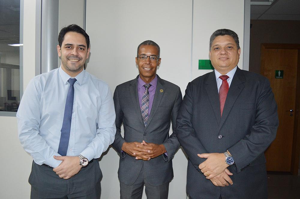 CRECI-GO firma parceria com Santander | CRECI-GO/ Conselho Regional de Corretores de Imóveis de Goiás