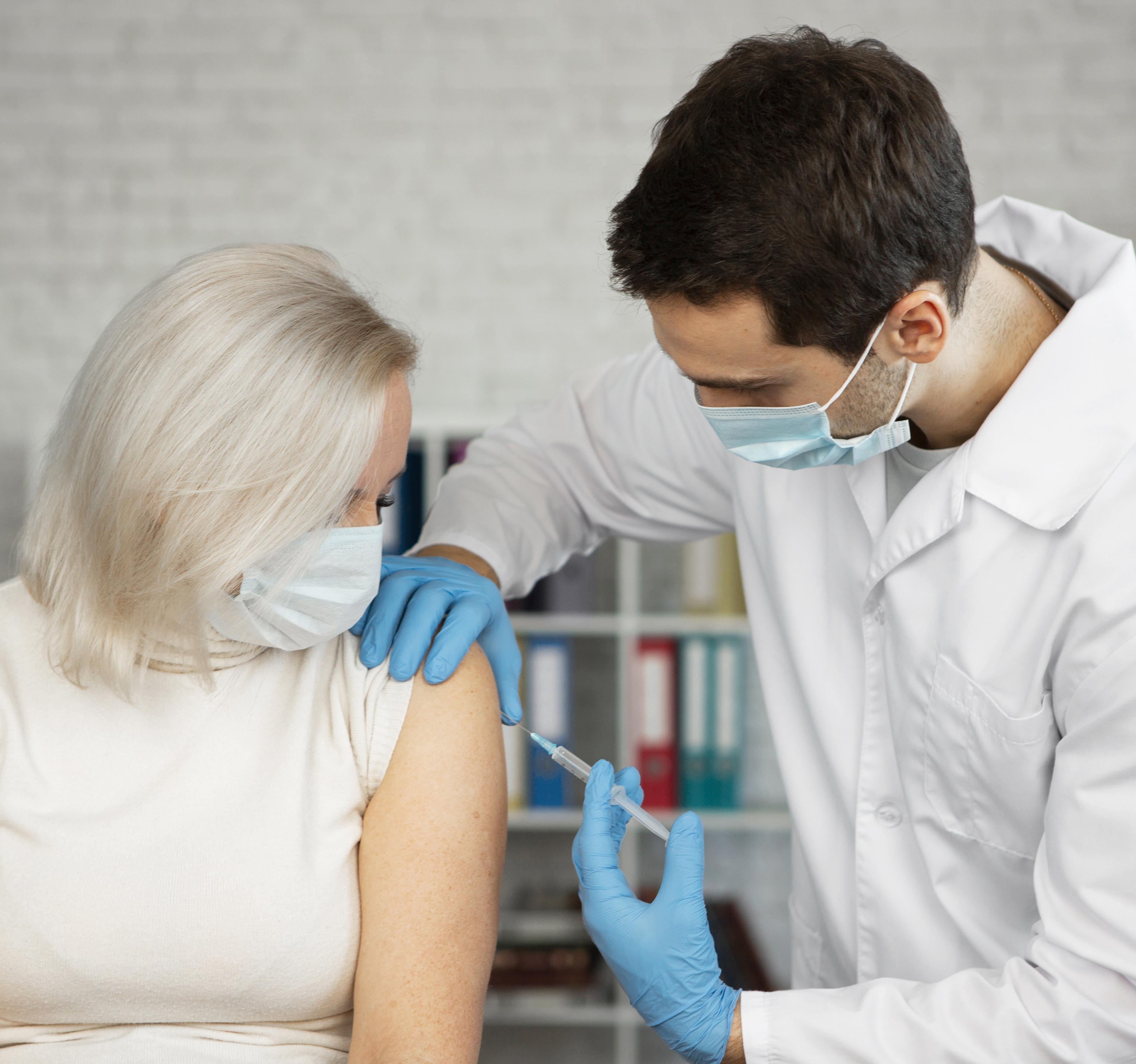 Vacinação contra H1N1 | CRECI-GO/ Conselho Regional de Corretores de Imóveis de Goiás